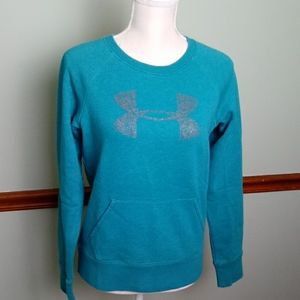 Under Armour size small sweatshirt